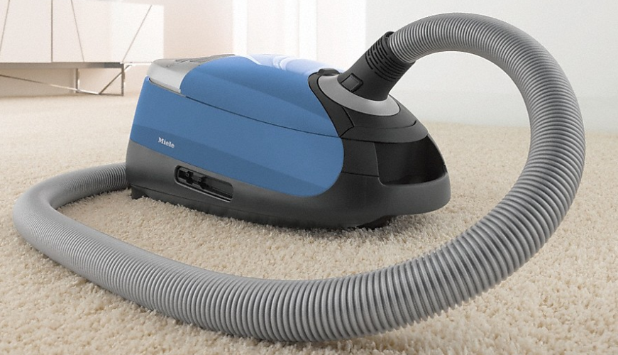best canister vacuums for pet long hair